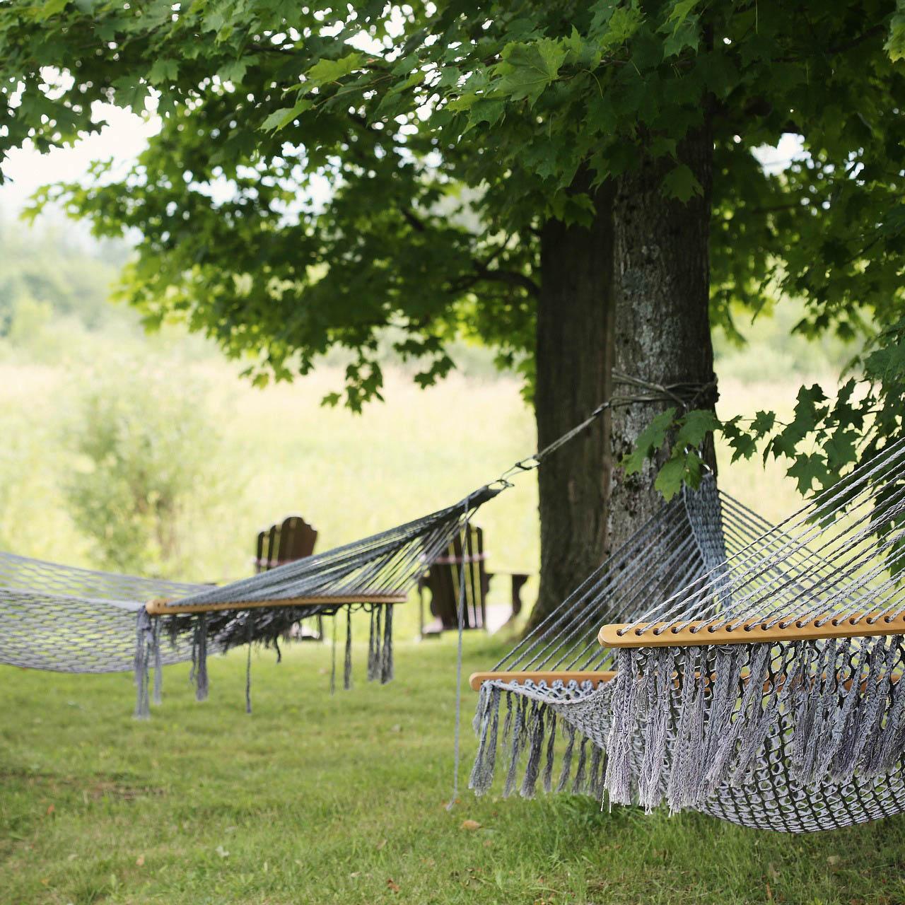 hammocks 413714 1920 1 - Donna Cristina